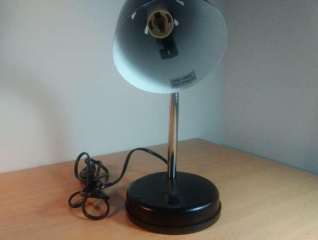 prisluskivac u lampi - prisluskivaci - prislusni uredjaji